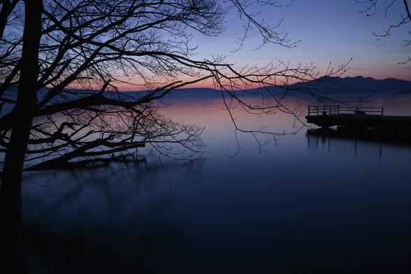 20130518朝の十和田湖・大川岱桟橋-5.jpg