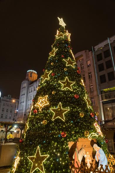 20171227〜28深夜のプラハ・旧市街広場A7RIII-2.jpg