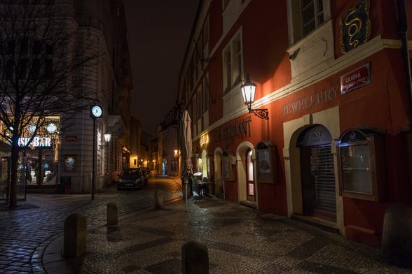 20171227〜28深夜のプラハ・旧市街広場A7RIII-4.jpg